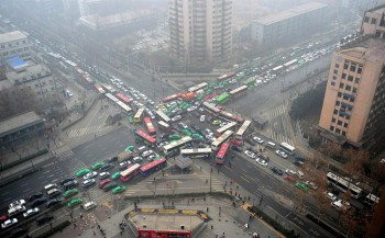 Traffic lights failed at an intersection in China