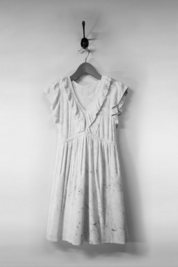 Airy Dresses Carved From Marble by Alasdair Thomson